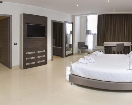 Camera economy bw hotel modena district campogalliano for Sider arredi campogalliano