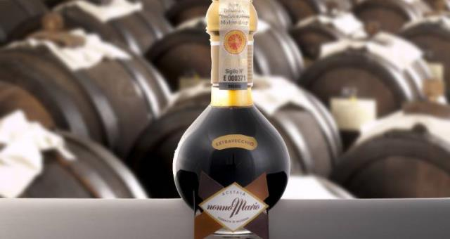 Modena and the places of the balsamic vinegar production among the most refined.