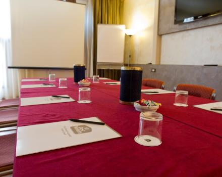 your selections, your briefing in the small room at the Best Western Modena Pagani District finely furnished